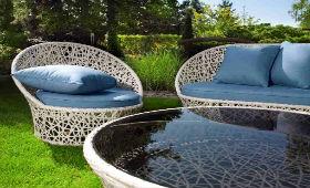 Преимущества ротанговой дачной мебели