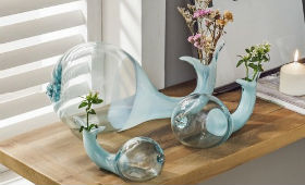 Чому краще купувати керамічні вази у виробника?