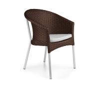 Плетені крісла з ротангу